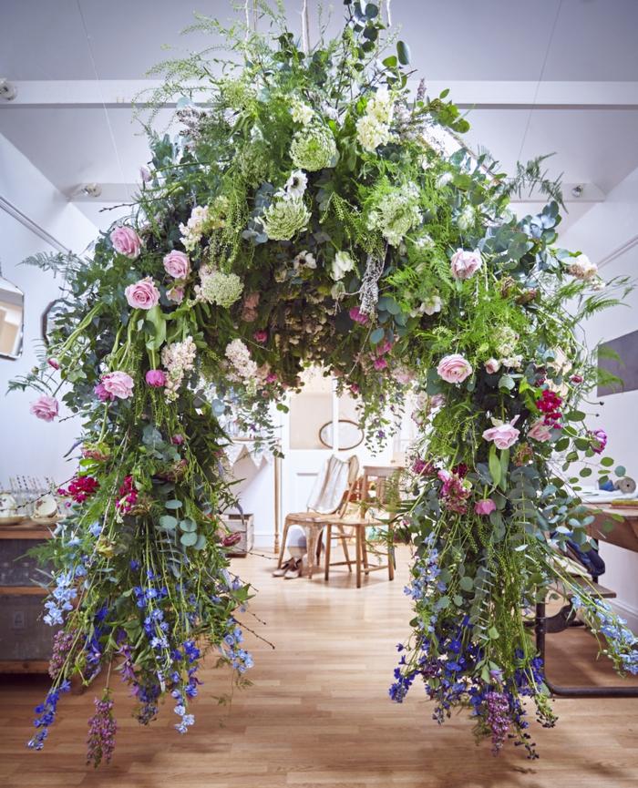 Arrangement floral mariage composition bouquet mariage arche fleurs