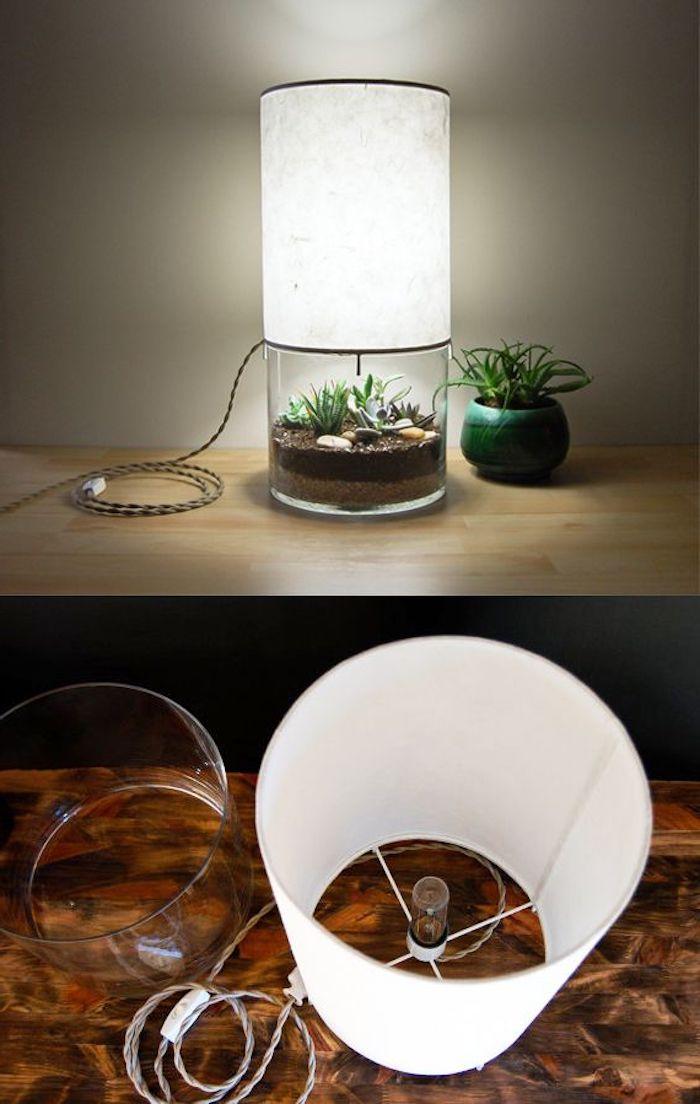 idée pour créer une lampe terrarium, récipient en verre avec terre et plante succulent