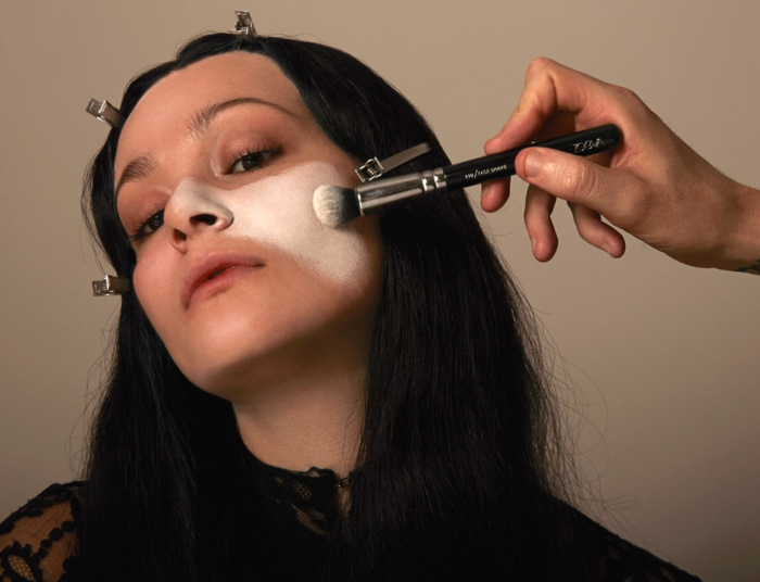 Maquillage morticia addams comment se maquiller comme Morticia pour Halloween