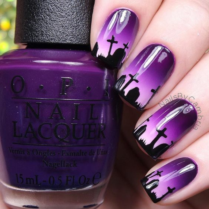 Halloween ongles morticia addams déguisement facile robe longue noire ongle violet deco
