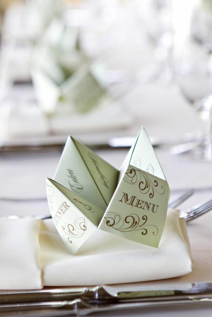 Chouette marque place original a imprimer gratuit festive salière en papier menu