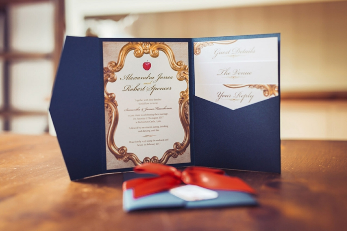Annonce mariage faire part princesse dessin château Disney Blanche-neige pomme rouge