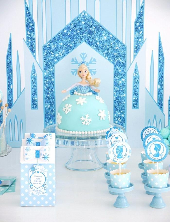 Comment faire un gateau chateau de princesse gateau princese robe en pâte de sucre