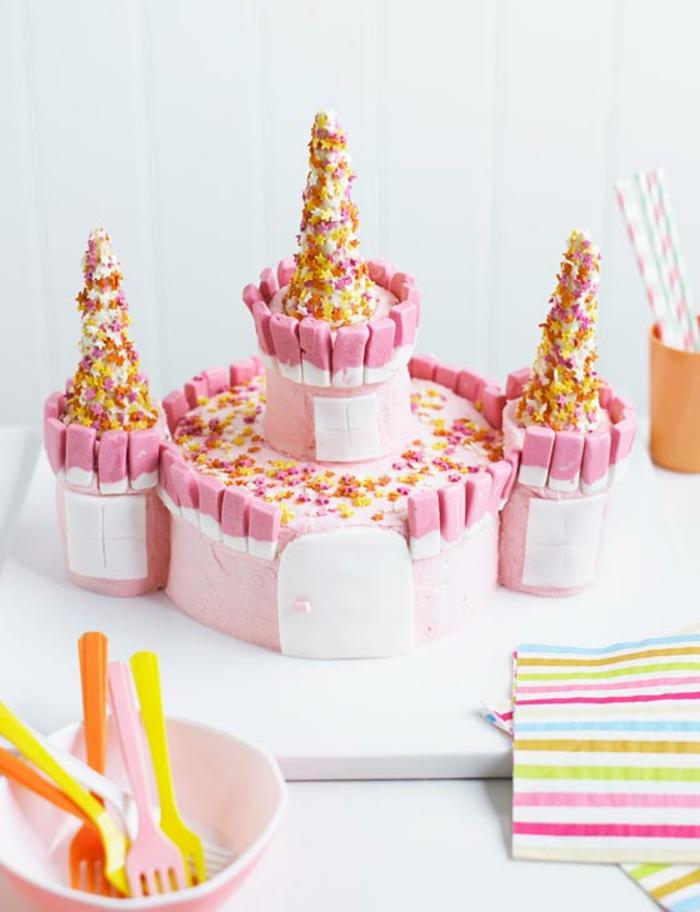 Anniversaire 1 an gâteau princesse idée gâteau de princesse image chateau facile à faire