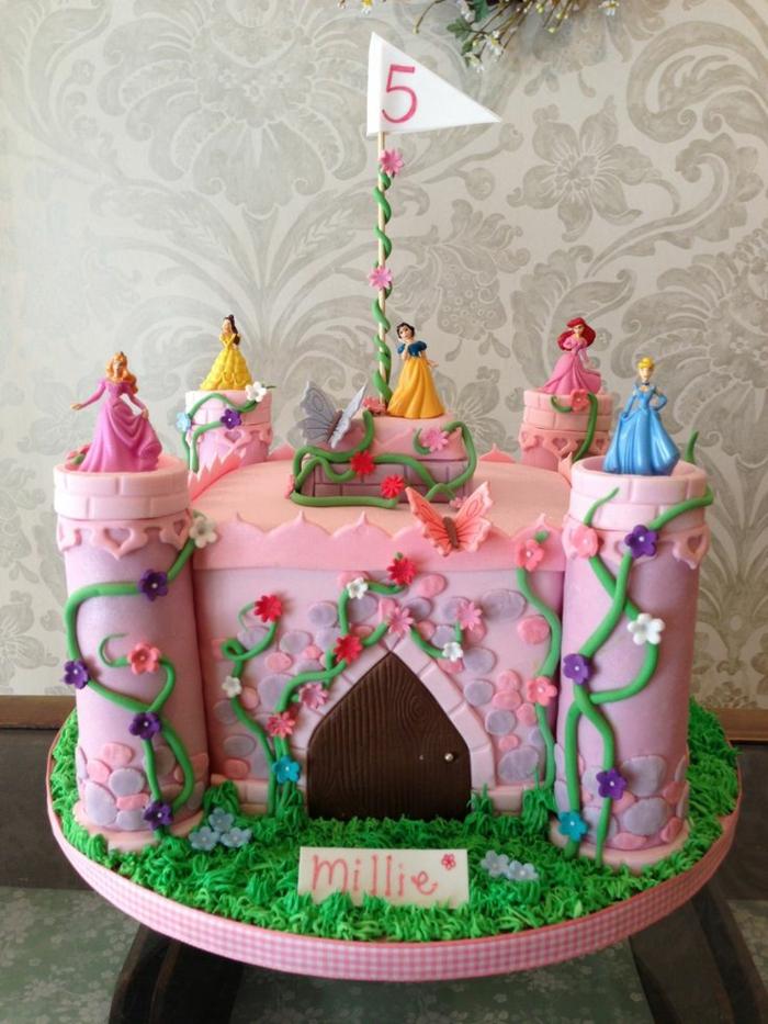 Formidable idée gâteaux anniversaire princesse gâteau château princesse Disney'