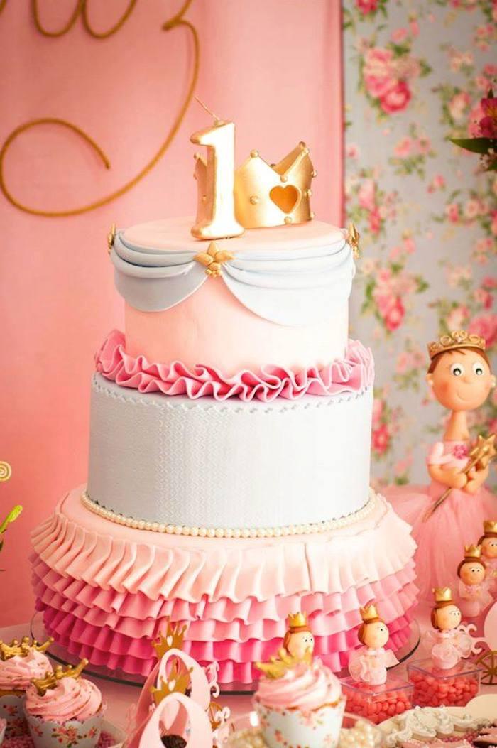 Une idée gateau anniversaire princesse facile gâteau château gateau en 3d trois étages