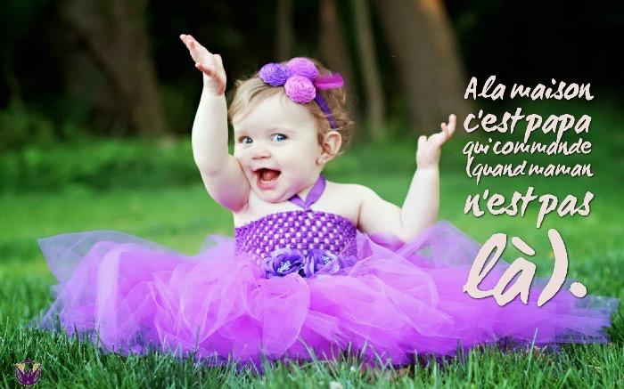citation humour, petite fille bébé à la robe violette, photo petite princesse bébé avec citation drole