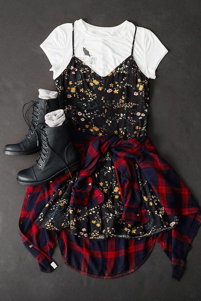 style rock, conseil comment assortir ses vêtements pour femme, t-shirt blanc et robe noire avec bretelles