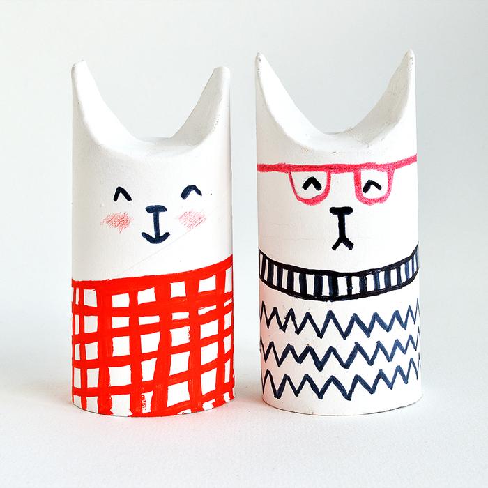 idée trop mignonne pour un bricolage rouleau papier toilette, de petits lapins en carton pour une déco de pâques récup originale