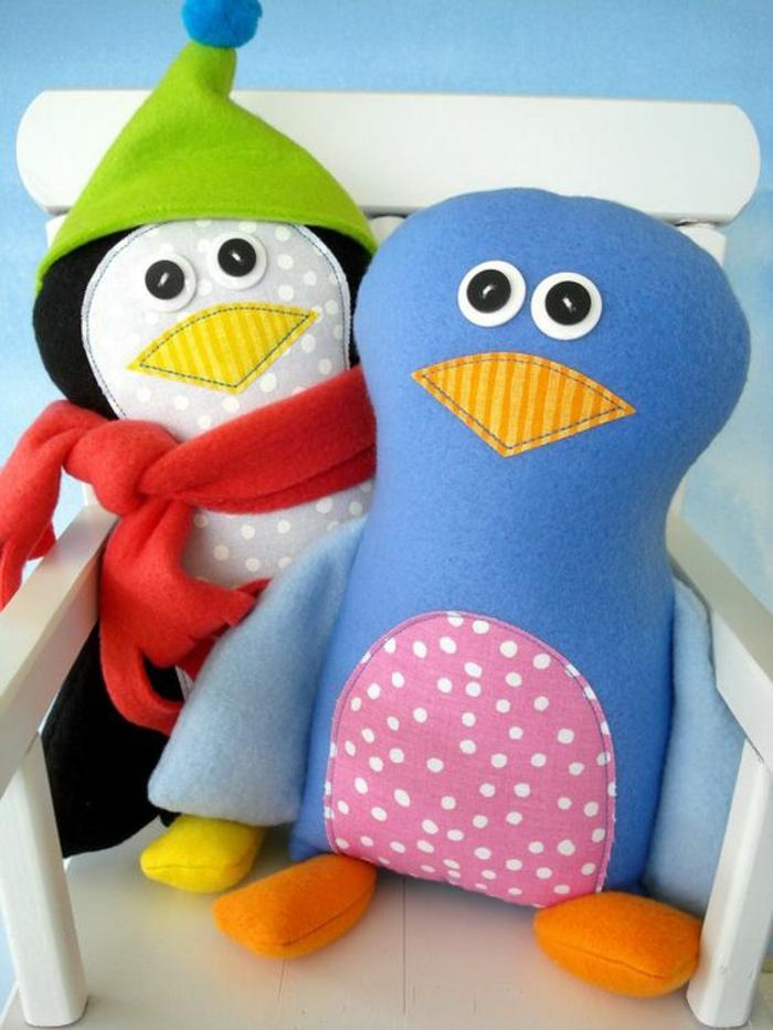 cadeau de naissance fille pingouins animaux en tissu coloré des petits amis sympa pour le petit