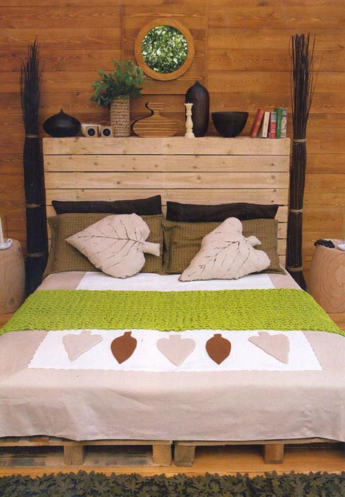 chambre à coucher esprit cabane en bois naturel, tete de lit a faire soi meme