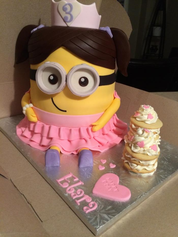 Quel gateau chateau de princesse gateau poupée gâteau de princesse Minion