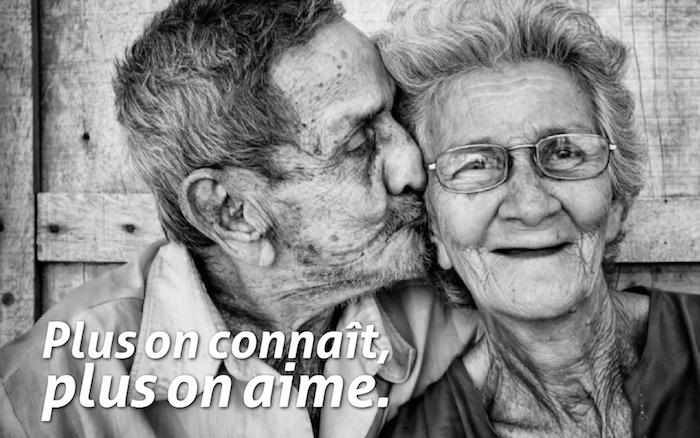 belle phrase d amour, vieille femme et vieux homme ensemble, amour éternel d'un vieux couple