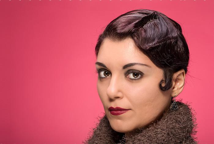 coupe cheveux femme courte vintage ondulés cranté