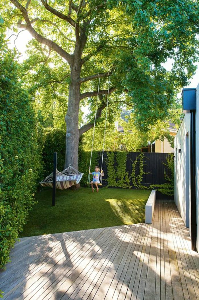 exemple d aménagement de jardin avec balancoires petit coin vert
