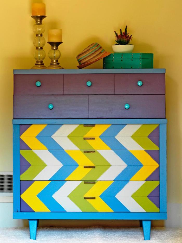 meubles peints couleur vives idées pour repeindre un meuble