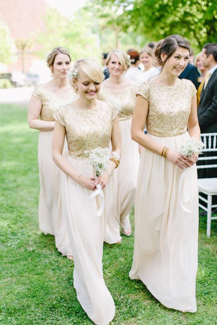 jolies robes de demoiselles de style glamour à jupe en mousseline et à haut en sequins dorés
