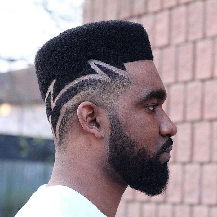 coiffure homme noir degrade avec trait