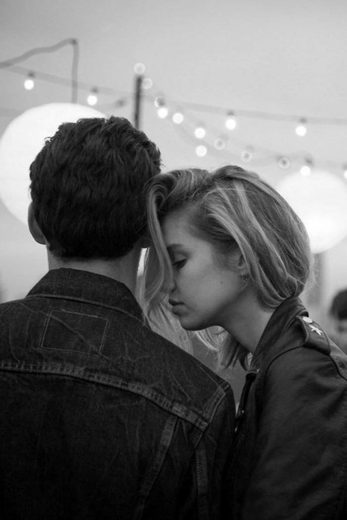 Seance photo couple images d amoureux couple d amoureux mode photo noir et blanc