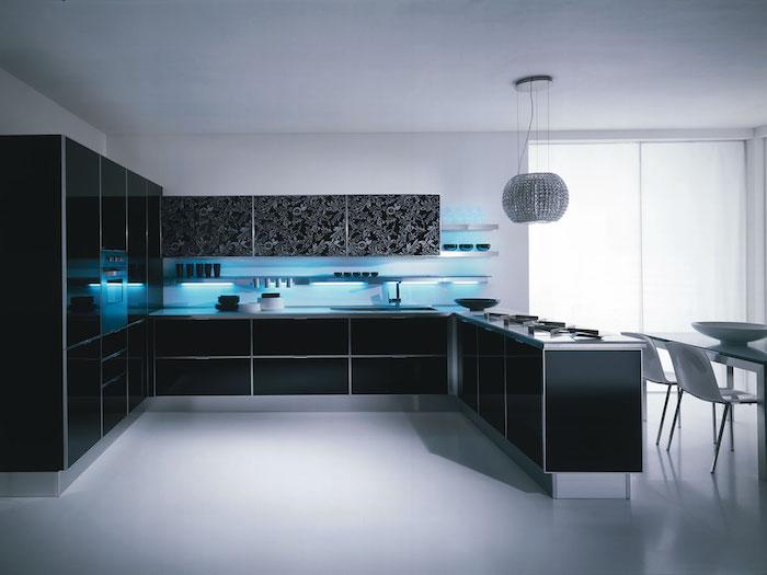 idee deco cuisine, quelle couleur choisir pour une cuisine moderne, aménagement blanc et noir
