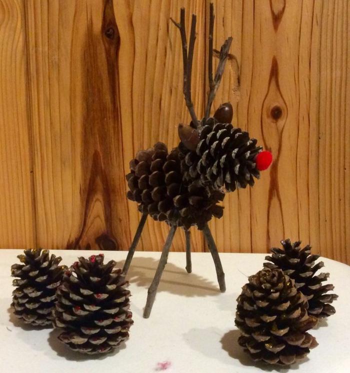 décoration de noel a faire soi-même, création d'animaux sympathiques avec matériaux naturels