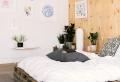 Comment fabriquer un lit avec des palettes – la réponse en plus de 70 designs uniques