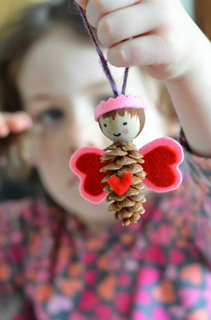 deco noel a fabriquer, ange à faire avec les enfants avec des matériaux faciles