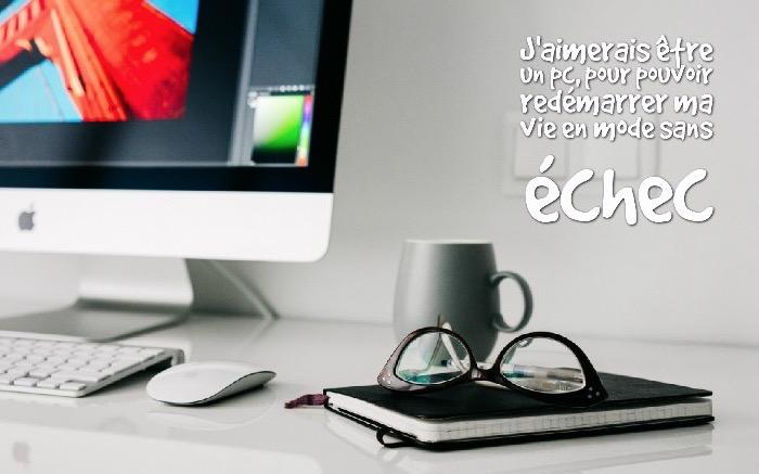 image humoristique, photo drôle d'inspiration les nouvelles technologies, paire de lunettes de vue sur cahier