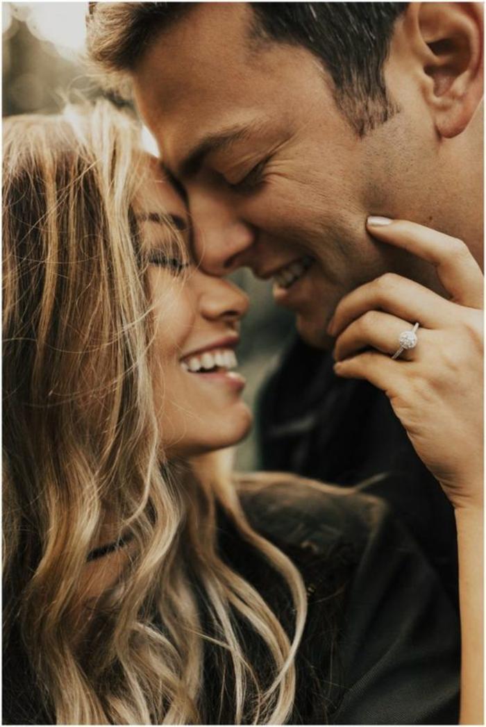 Des couples amoureux photo de les couple image d amour couple belle femme souriante beau homme