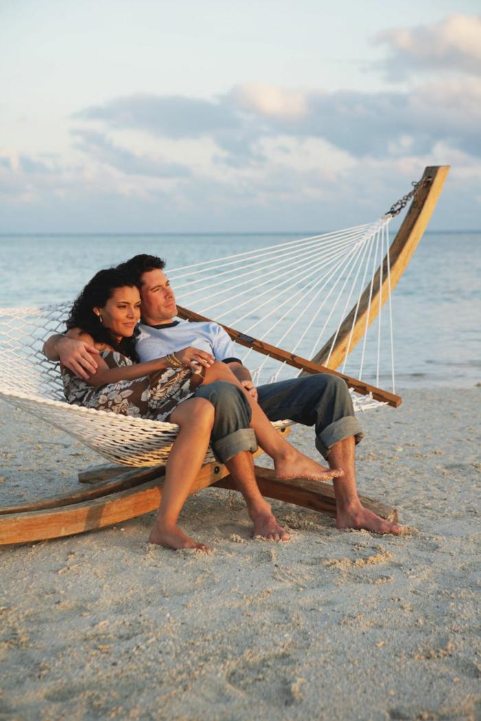 Les images d amour couple poses for pictures photod amour hamac idée photo au bord de la mer