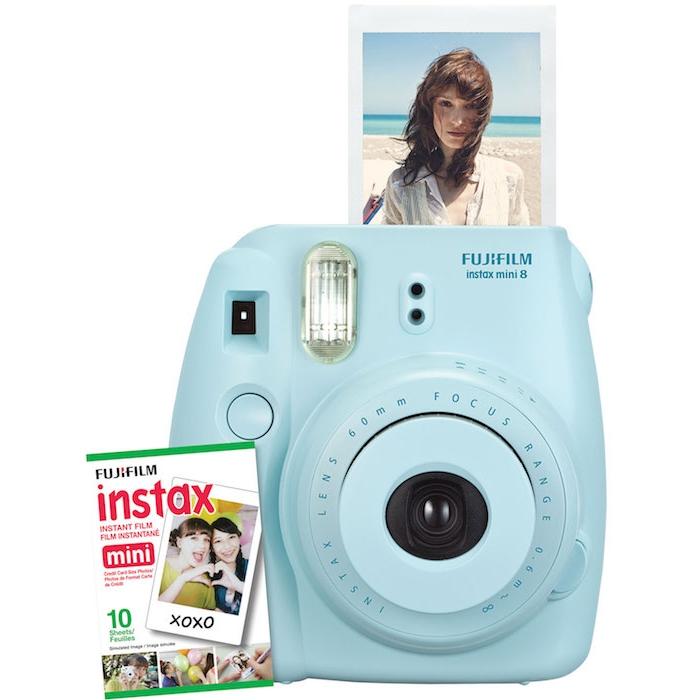 idée cadeau grand père, fujifilm instamix, appareil photo polaroid pour photos instants, couleur bleu pastel