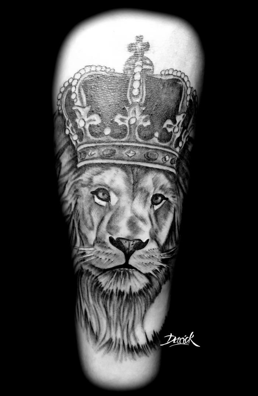 Symbole fraternité tatouage tatouage lion epaule artistique roi lion joli