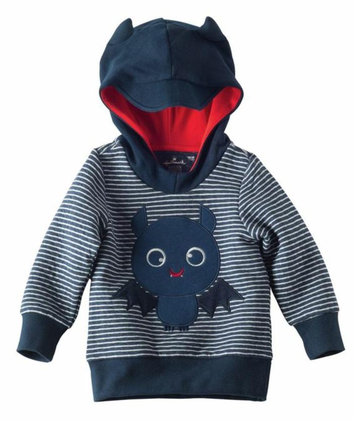 idee cadeau enfant sweat shirt avec capuche au motif humouristique chauve souris bleu marine
