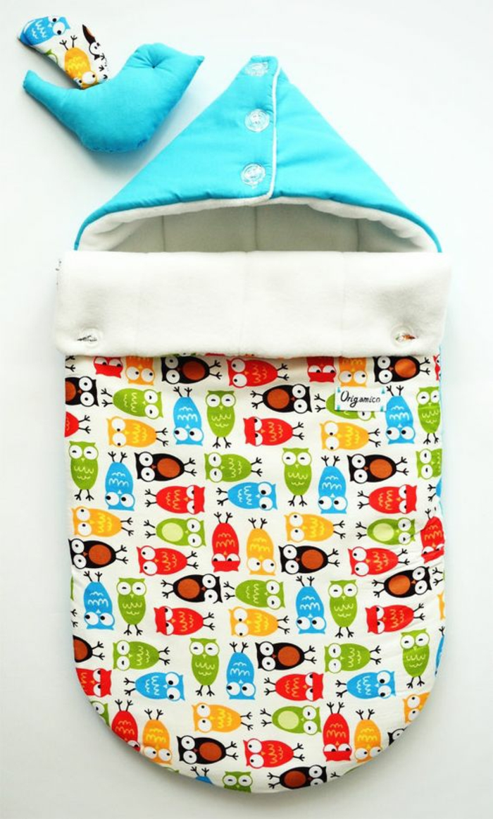 cadeau original naissance Origamo sac a coucher bébé aux couleurs gaies