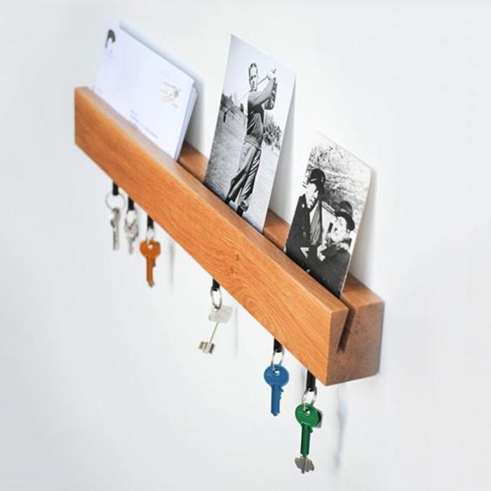 idée de porte clé en bois avec rangement clé, photos lettres, idée organisateur entrée maison, cadeau pour bonne fete papy
