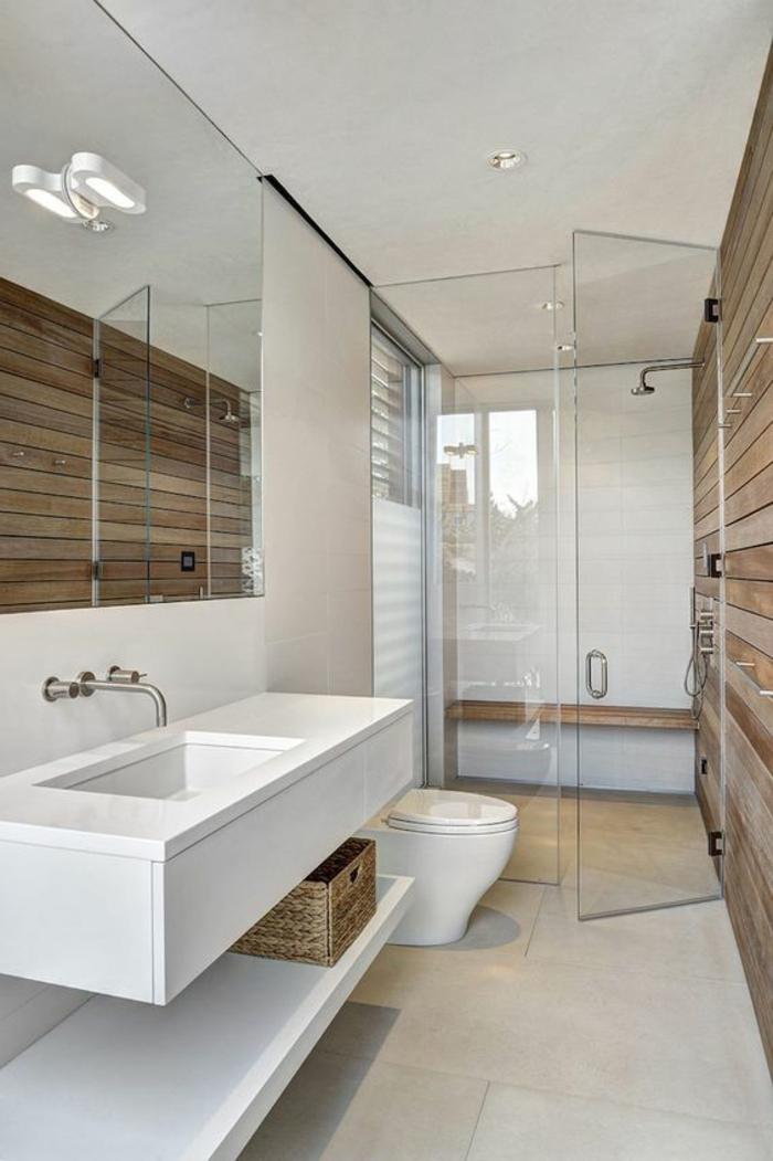 idee deco salle de bain nature, salle d'eau en bois et blanc, cabine de douche paroi transparent, grande vasque blanche