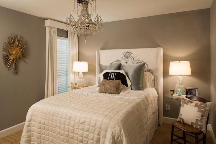 1001 id es chambre taupe creusez dans nos 57 id es d co. Black Bedroom Furniture Sets. Home Design Ideas