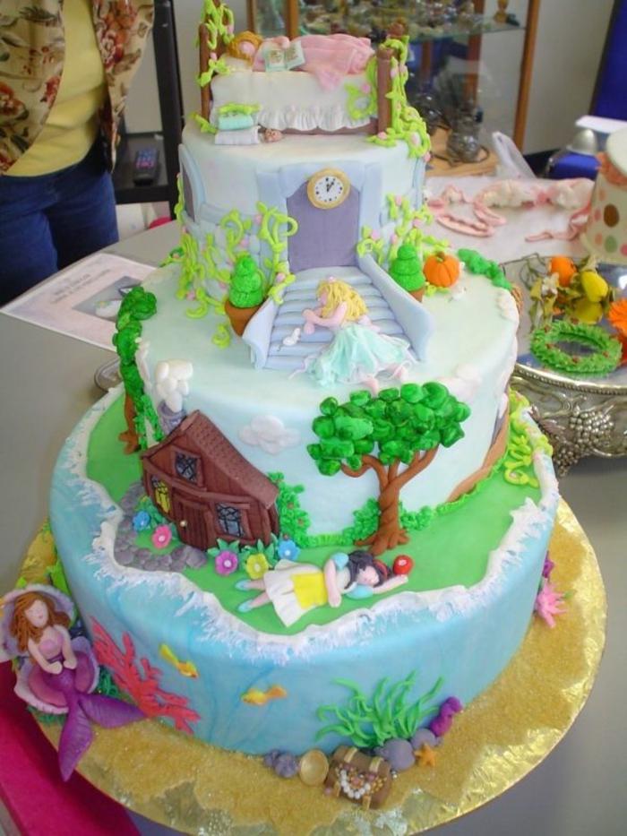 Princesse gateau tuto gateau princesse gateau pate a sucre princesse disney grand gâteau étages
