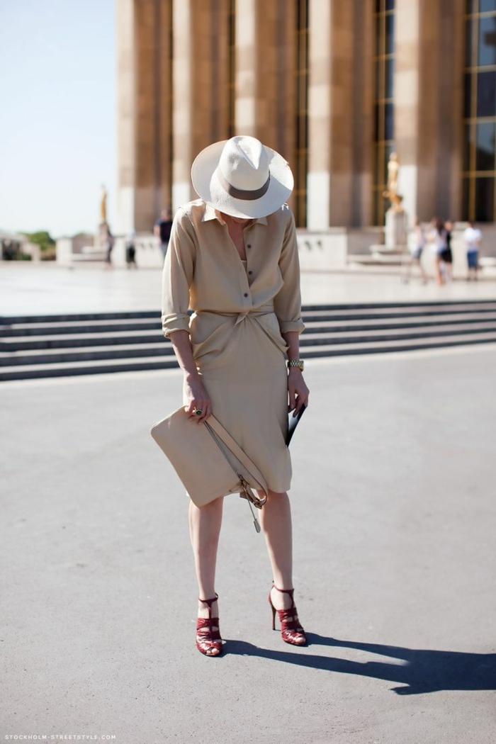 La robe safari robe chemise longue vetement saharienne femme robe de vacances à paris