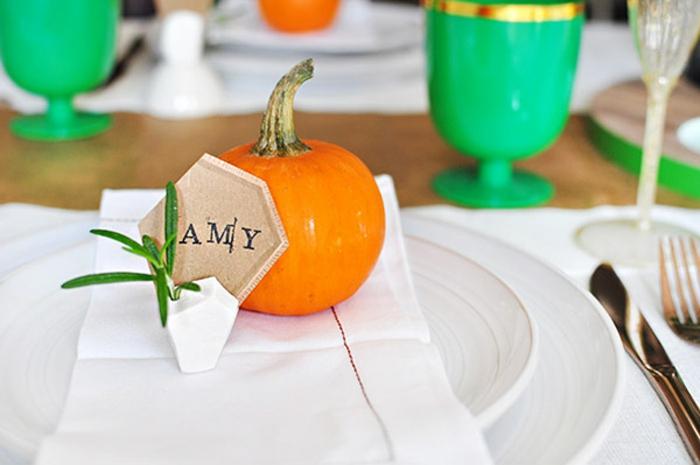 1001 photos de d co avec marque place original - Support nom de table mariage ...
