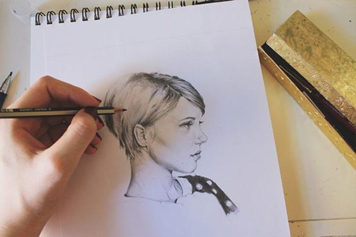 Teneur dessin fille à imprimer fille de dessin animé dessin filles esquisse