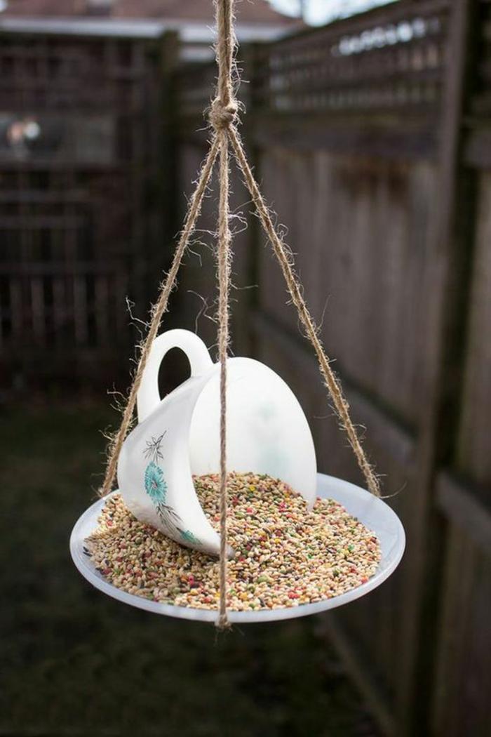 mangeoire oiseau plan gratuit, tasse à café