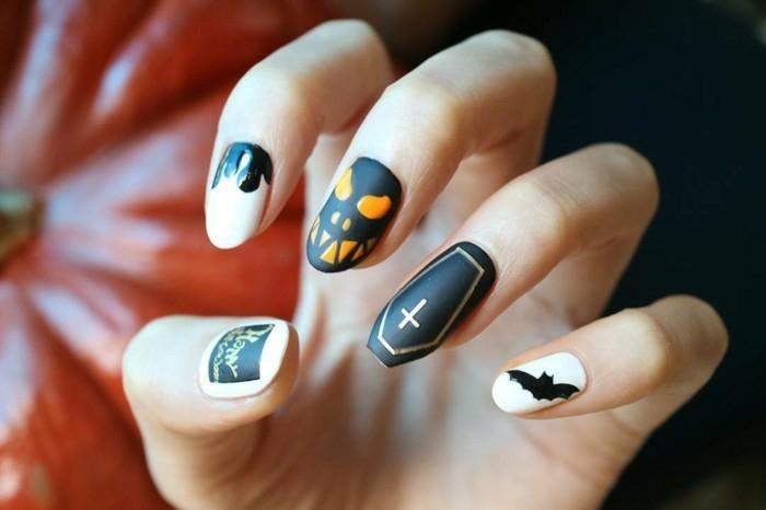 Belle femme morticia de la famille addams maquillage halloween spécial nail art