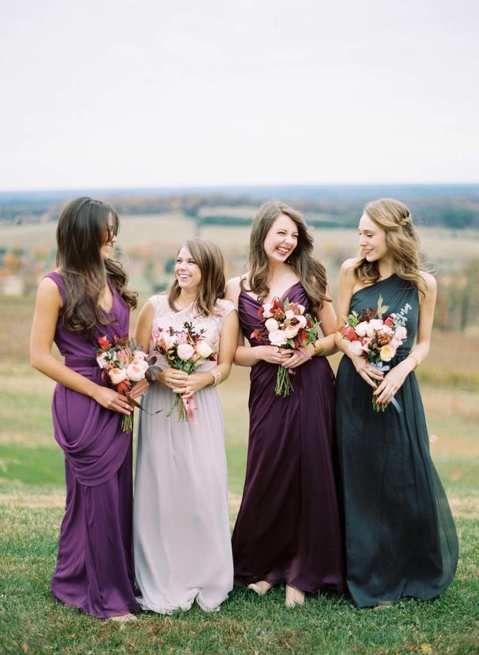 des robes demoiselles d honneur convertibles aux couleurs des pierres précieuses idéales pour un mariage d'automne