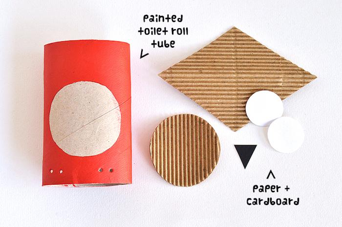 faire un hibou à partir de rouleau de papier toilette repeint en rouge et traits visage en carton et papier blanc et noir, activité manuelle automne maternelle