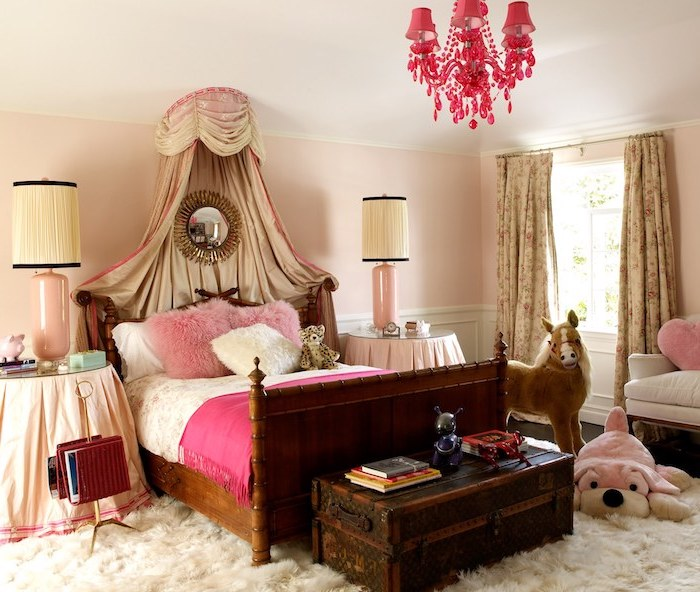 1001 mani res superbes de faire clater la d co avec la couleur framboise. Black Bedroom Furniture Sets. Home Design Ideas