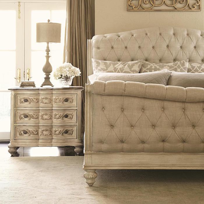 association couleur beige taupe clair lin pour chambre murs et lit