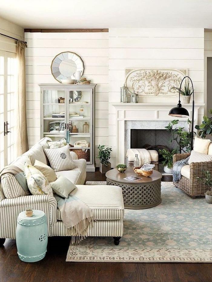 peinture couleur blanc lin pour murs en bois de séjour