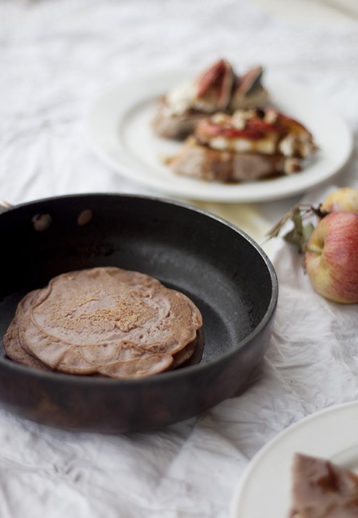 recette de crêpes italiennes necci à la farine de marrons pour bien commencer la journée, recette avec des chataignes pour petit-déjeuner