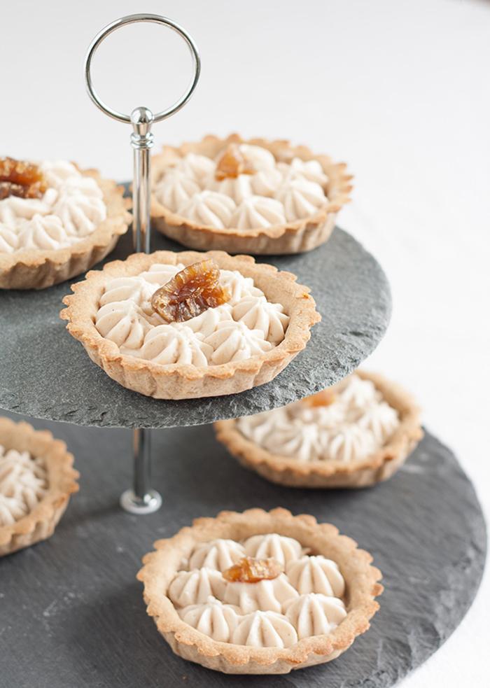 des mini-tartelettes à la mousse de châtaignes, recette chataigne de petits fours légers à la mousse de marrons